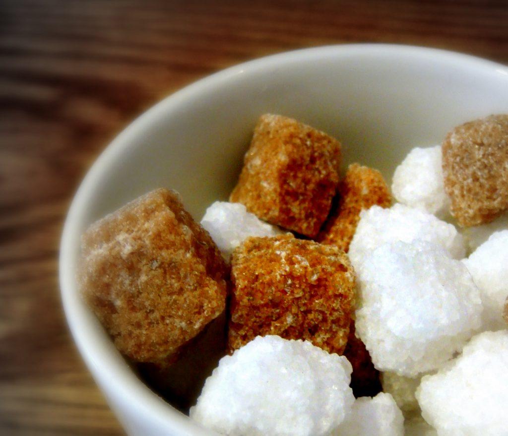 فوائد السكر البني
