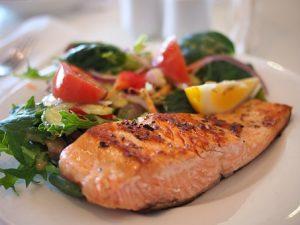 لا تنسوا وجبة السمك